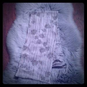 Nordstrom scarve NWOT